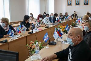 Участники прошедшего в Алчевске круглого стола обсудили тему интеграции ЛНР и ДНР с РФ