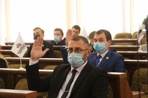 Молодежный парламент ЛНР подвел первые итоги работы, а также обновил состав
