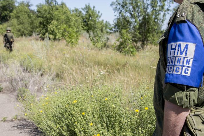 Обследование саперами Народной милиции участков возведения КПВВ у Счастья и Золотого, блокпост ЛНР в районе Счастья, 11 июля 2020 года