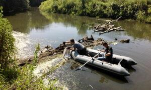 Экологи и активисты ликвидировали затор на реке Лугань в районе Малой Вергунки