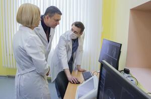 Глава ЛНР ознакомился с работой аппарата МРТ, поставленного РФ в ЛРДКБ по гумпрограмме (ФОТО)