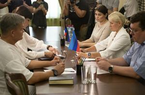 ЛНР и ДНР создадут базы данных ДНК для идентификации останков жертв агрессии ВСУ