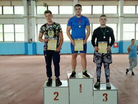 Легкоатлеты из семи городов ЛНР разыграли 55 комплектов наград на турнире в Луганске