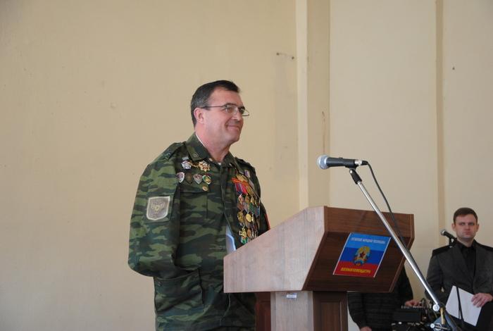 Личный состав отдельного комендантского полка награжден орденами за храбрость и отвагу
