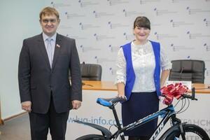 Награждение победителей конкурса волонтеров инфоцентров состоялось в ЛуганскИнформЦентре