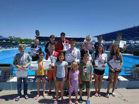 Юные пловцы из ЛНР завоевали 20 медалей на открытых соревнованиях в Крыму