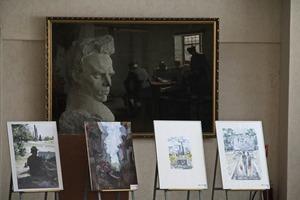 """Выставка работ участников пленэра """"Место силы"""" открылась в музее Краснодона"""
