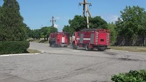 Сотрудники МЧС ЛНР на тренировке в Золотом-5 ликвидировали условный пожар